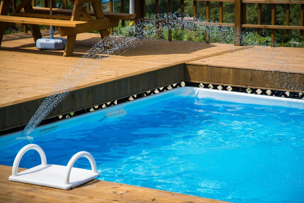 Tipos de piscinas: piscinas de madera